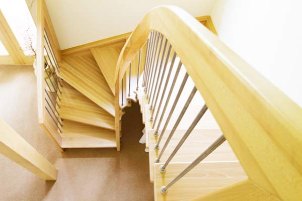 Ash-stair-with-curved-handrail