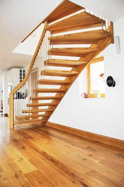 Floating-oak-stair