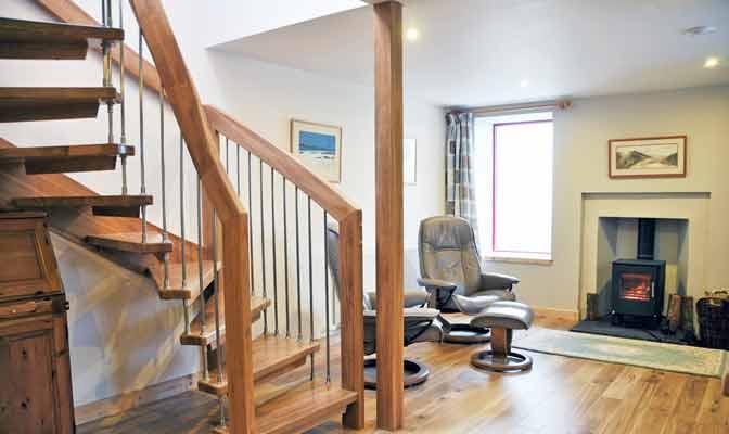 Rustic Oak Open Stair