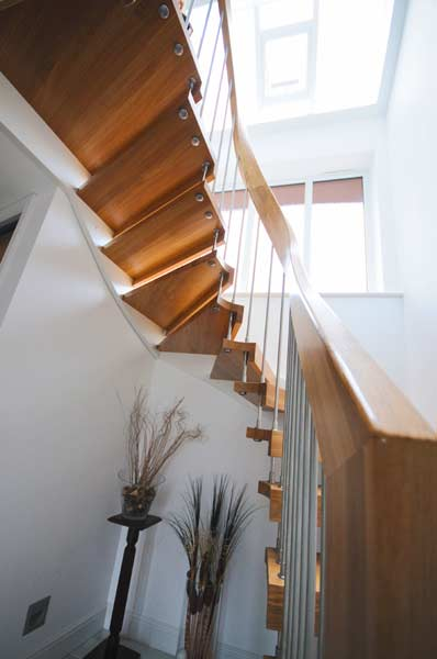 Stunning-curved-timber-handrail