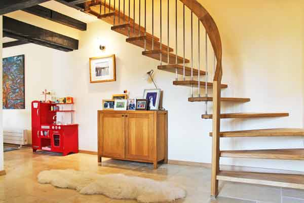 Cantilevered-Oak-Staircase