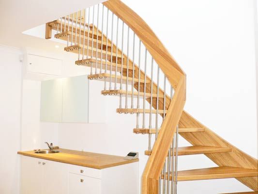 Oak 1/4 turn open stair