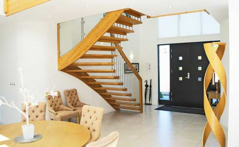 Oak-Stair-with-curved-handrail