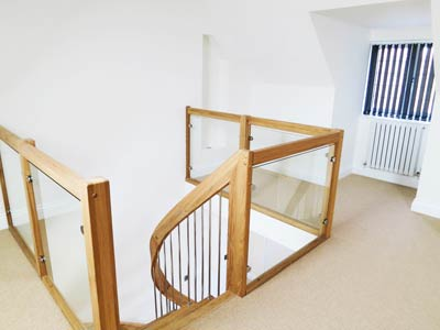 Oak and Glass Balustrade