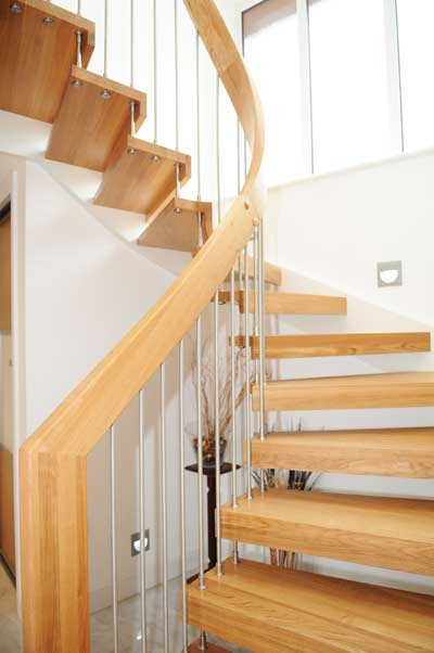 Oak-open-staircase