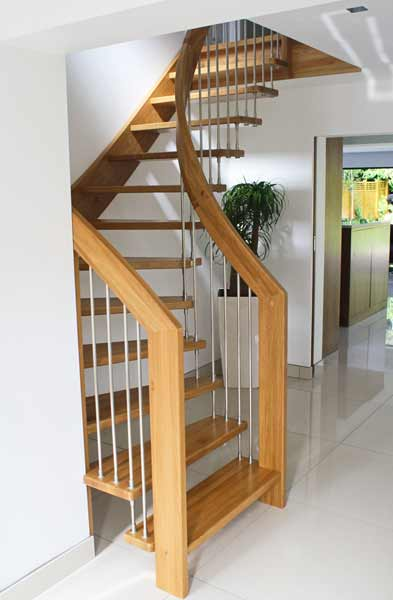 Curving Oak open Staircase