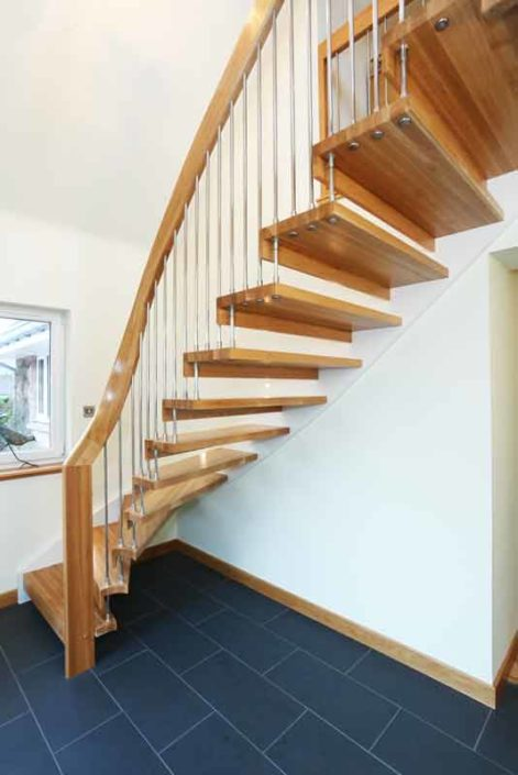 Curving Oak Staircase